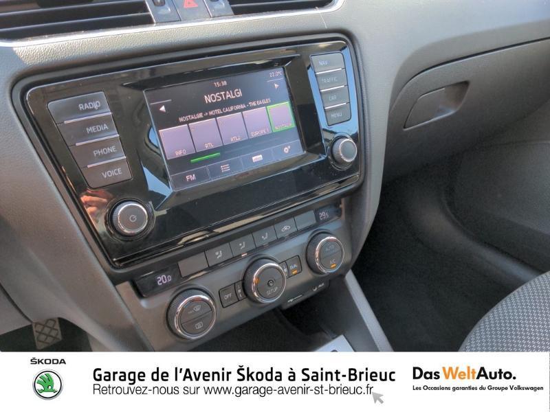 Photo 9 de l'offre de SKODA Octavia 1.6 TDI 105ch CR FAP Green Tec Ambition à 9990€ chez Sélection Auto - Volkswagen Saint Brieuc