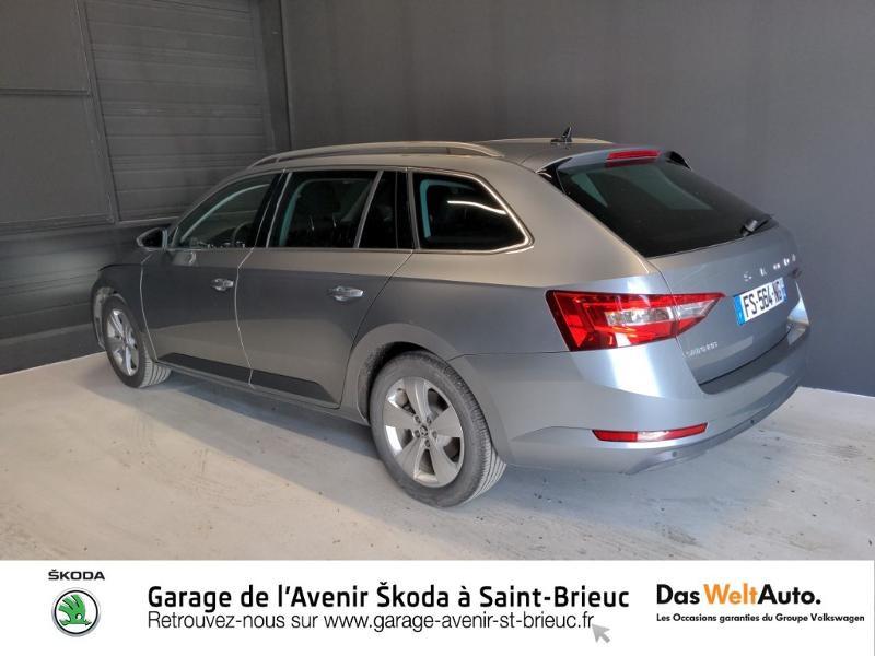 Photo 3 de l'offre de SKODA Superb Combi 2.0 TDI 150ch SCR Business DSG7 Euro6d-T EVAP 8cv à 27490€ chez Sélection Auto - Volkswagen Saint Brieuc