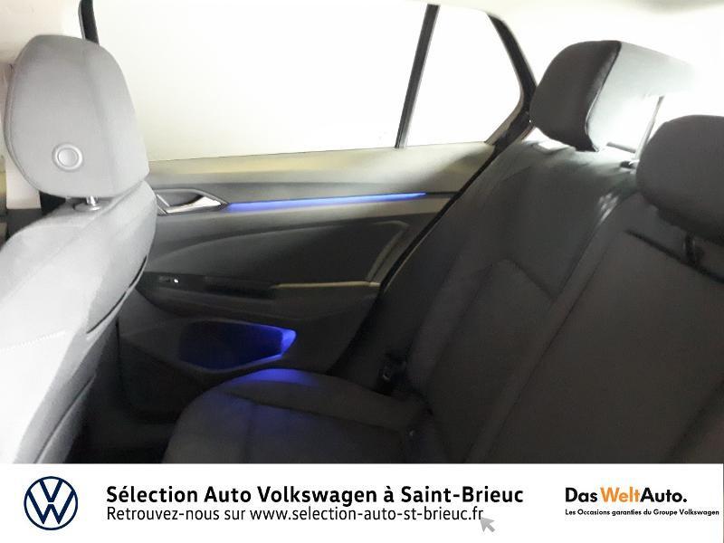 Photo 17 de l'offre de VOLKSWAGEN Golf 2.0 TDI SCR 115ch Life 1st à 25990€ chez Sélection Auto - Volkswagen Saint Brieuc
