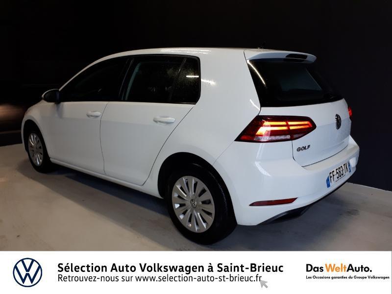 Photo 3 de l'offre de VOLKSWAGEN Golf 1.0 TSI 85ch Trendline Euro6d-T 5p à 13990€ chez Garage de l'Avenir - SKODA Saint Brieuc
