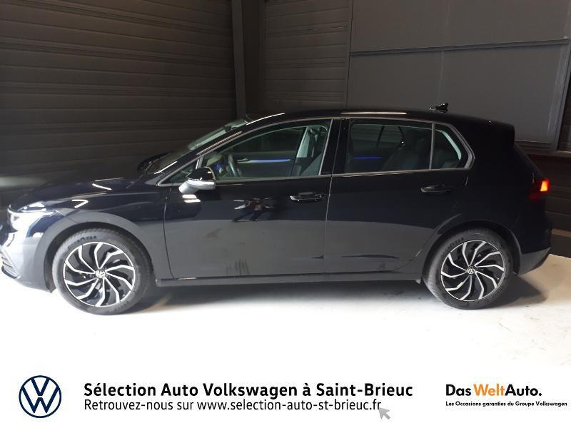 Photo 2 de l'offre de VOLKSWAGEN Golf 2.0 TDI SCR 115ch Life 1st à 25990€ chez Sélection Auto - Volkswagen Saint Brieuc