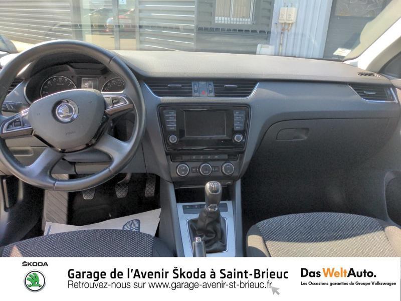 Photo 6 de l'offre de SKODA Octavia 1.6 TDI 105ch CR FAP Green Tec Ambition à 9990€ chez Sélection Auto - Volkswagen Saint Brieuc