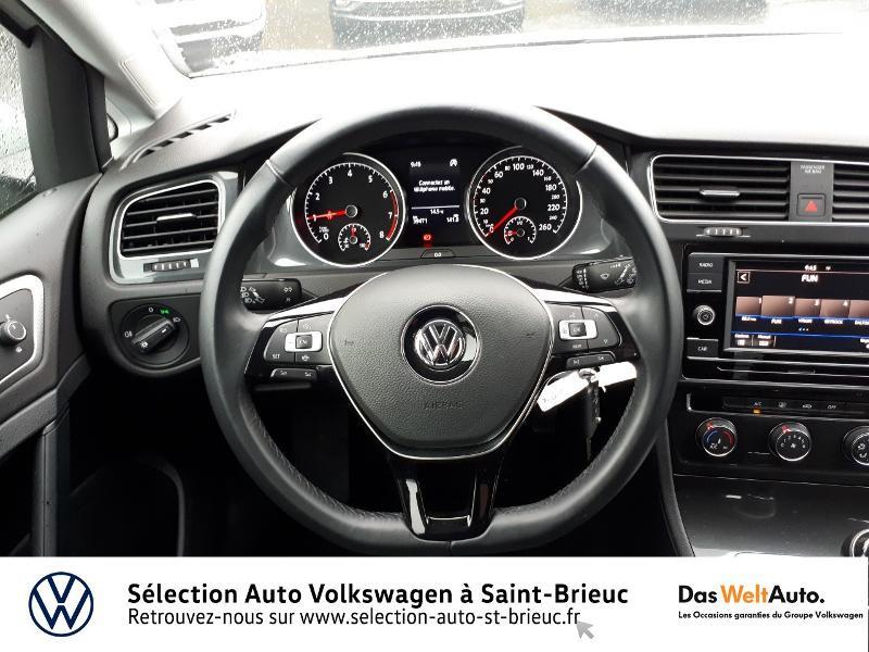 Photo 7 de l'offre de VOLKSWAGEN Golf 1.0 TSI 85ch Trendline Euro6d-T 5p à 13990€ chez Garage de l'Avenir - SKODA Saint Brieuc