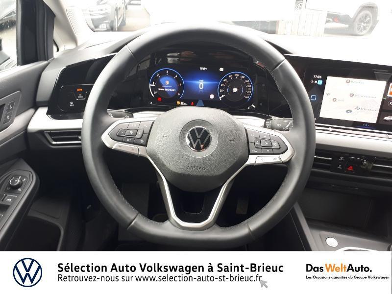 Photo 7 de l'offre de VOLKSWAGEN Golf 2.0 TDI SCR 115ch Life 1st à 25990€ chez Sélection Auto - Volkswagen Saint Brieuc