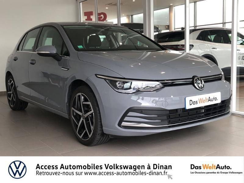 Photo 1 de l'offre de VOLKSWAGEN Golf 1.5 eTSI OPF 150ch Style 1st DSG7 à 27790€ chez Sélection Auto - Volkswagen Saint Brieuc