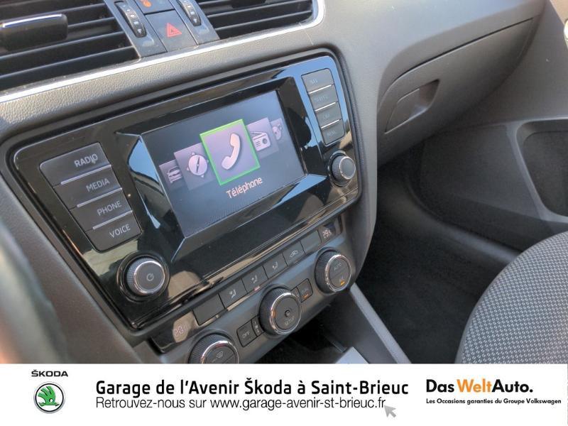 Photo 12 de l'offre de SKODA Octavia 1.6 TDI 105ch CR FAP Green Tec Ambition à 9990€ chez Sélection Auto - Volkswagen Saint Brieuc