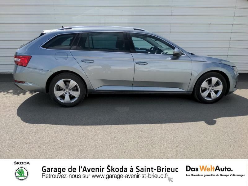 Photo 4 de l'offre de SKODA Superb Combi 2.0 TDI 150ch SCR Business DSG7 Euro6d-T EVAP 8cv à 27490€ chez Sélection Auto - Volkswagen Saint Brieuc