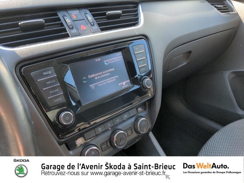 Photo 11 de l'offre de SKODA Octavia 1.6 TDI 105ch CR FAP Green Tec Ambition à 9990€ chez Sélection Auto - Volkswagen Saint Brieuc