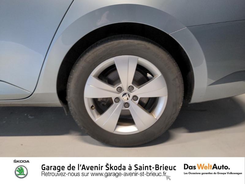Photo 18 de l'offre de SKODA Superb Combi 2.0 TDI 150ch SCR Business DSG7 Euro6d-T EVAP 8cv à 27490€ chez Sélection Auto - Volkswagen Saint Brieuc