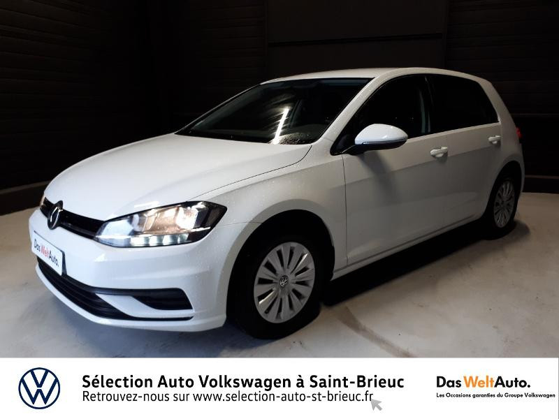 Photo 17 de l'offre de VOLKSWAGEN Golf 1.0 TSI 85ch Trendline Euro6d-T 5p à 13990€ chez Garage de l'Avenir - SKODA Saint Brieuc
