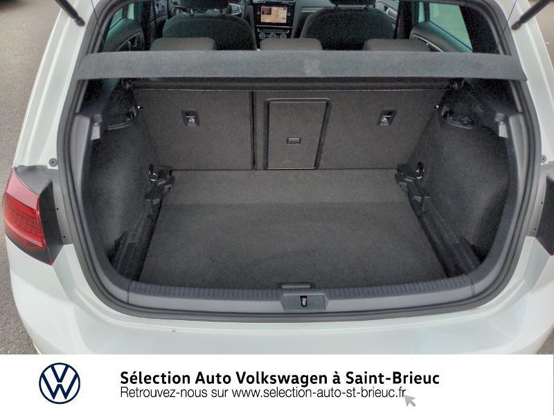 Photo 12 de l'offre de VOLKSWAGEN Golf 2.0 TDI 184ch FAP GTD 5p à 24890€ chez Sélection Auto - Volkswagen Saint Brieuc
