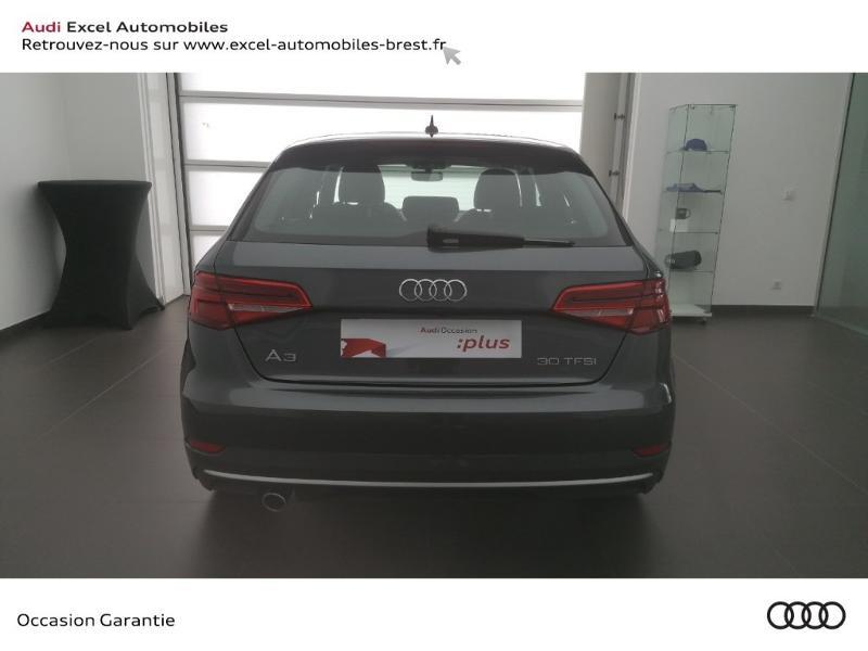 Photo 5 de l'offre de AUDI A3 Sportback 30 TFSI 116ch S line Euro6d-T à 24990€ chez Excel Automobiles – Audi Brest