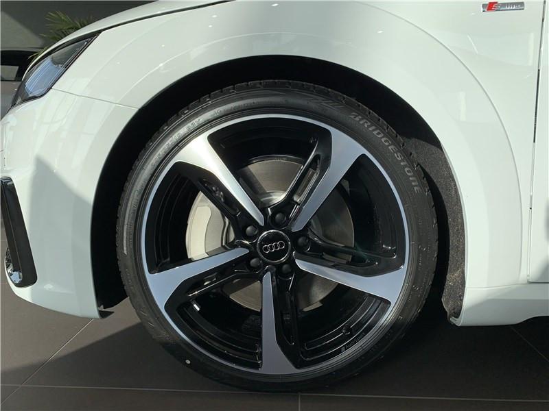 Photo 4 de l'offre de AUDI TT 45 TFSI 245 S TRONIC 7 à 54990€ chez Excel Automobiles – Audi Brest