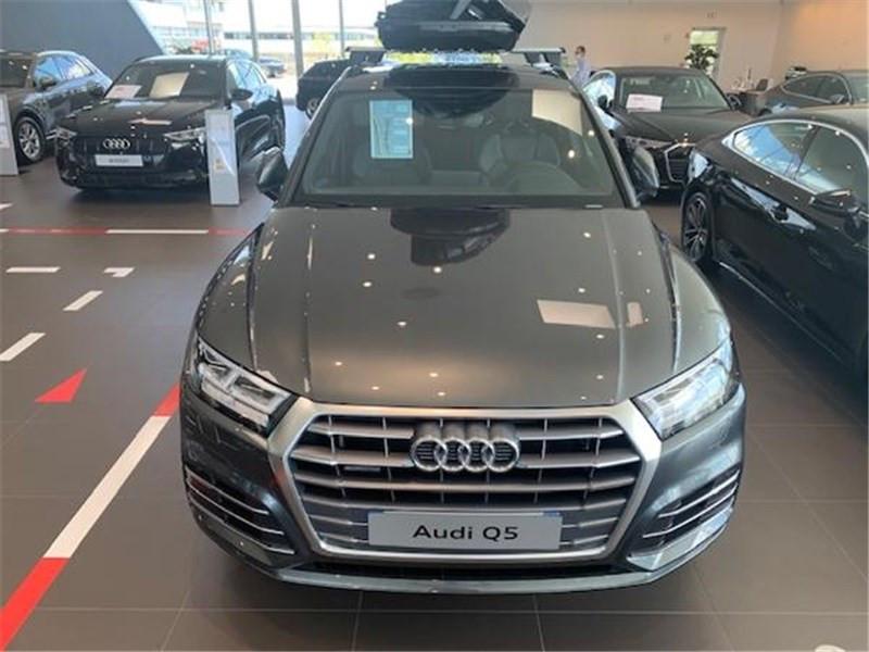 Photo 2 de l'offre de AUDI Q5 40 TDI 190 S TRONIC 7 QUATTRO à 52990€ chez Excel Automobiles – Audi Brest