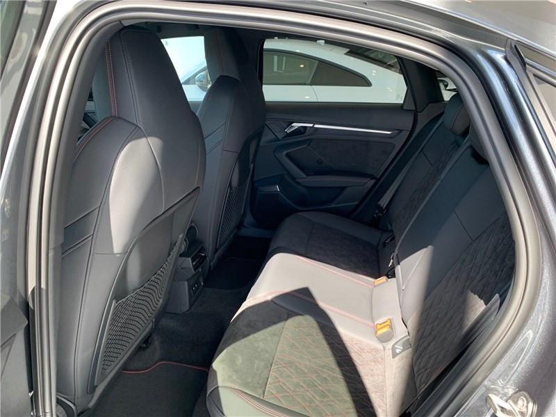 Photo 5 de l'offre de AUDI A3/S3 35 TFSI 150 S TRONIC 7 à 47490€ chez Excel Automobiles – Audi Brest