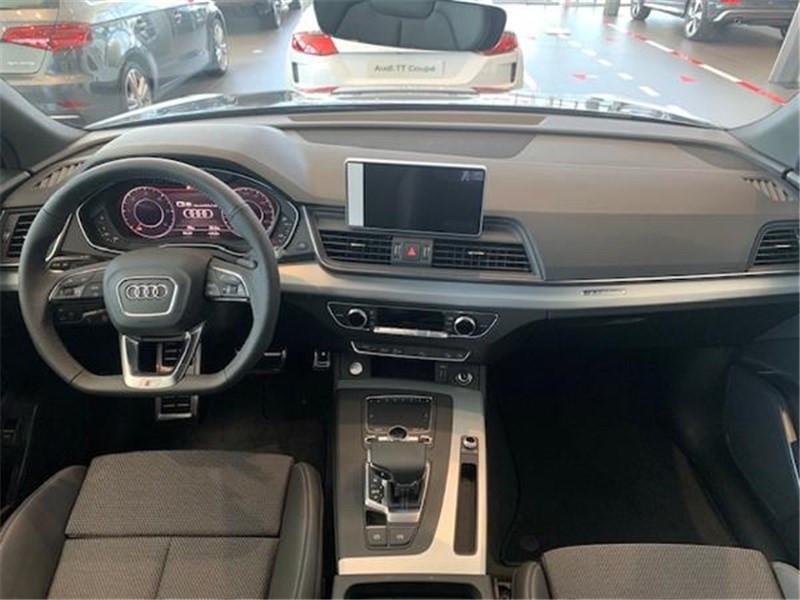 Photo 4 de l'offre de AUDI Q5 40 TDI 190 S TRONIC 7 QUATTRO à 52990€ chez Excel Automobiles – Audi Brest