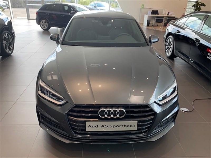 Photo 3 de l'offre de AUDI A5 2.0 TFSI 190 S TRONIC 7 à 46990€ chez Excel Automobiles – Audi Brest