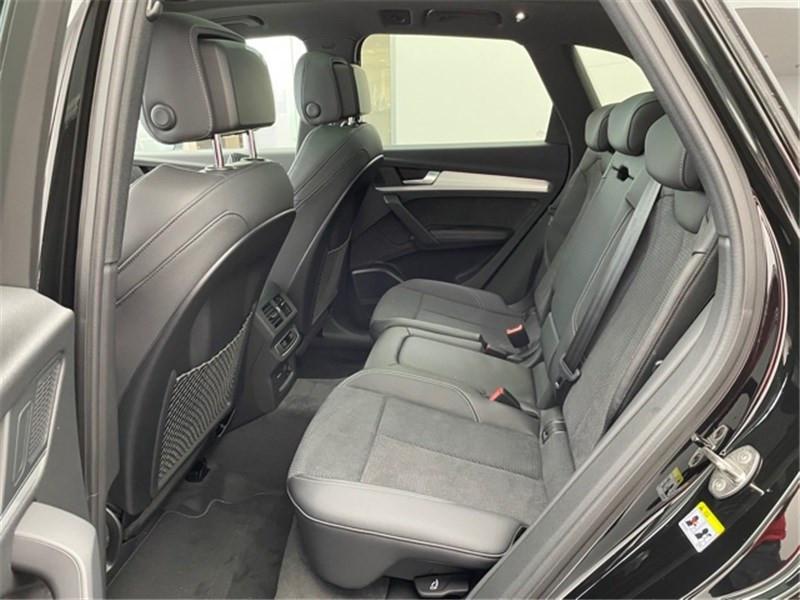 Photo 5 de l'offre de AUDI Q5 40 TDI 204 S TRONIC 7 QUATTRO à 66990€ chez Excel Automobiles – Audi Brest