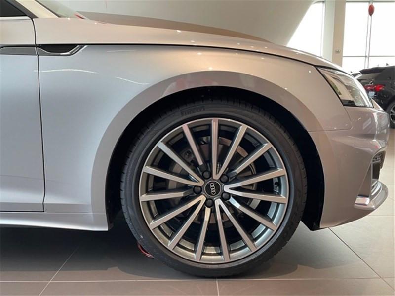 Photo 6 de l'offre de AUDI A5 40 TFSI 204 S TRONIC 7 à 58490€ chez Excel Automobiles – Audi Brest