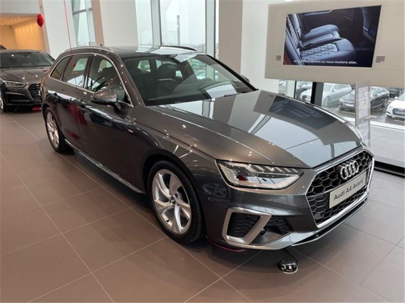 Photo 1 de l'offre de AUDI A4 35 TDI 163 S TRONIC 7 à 47490€ chez Excel Automobiles – Audi Brest