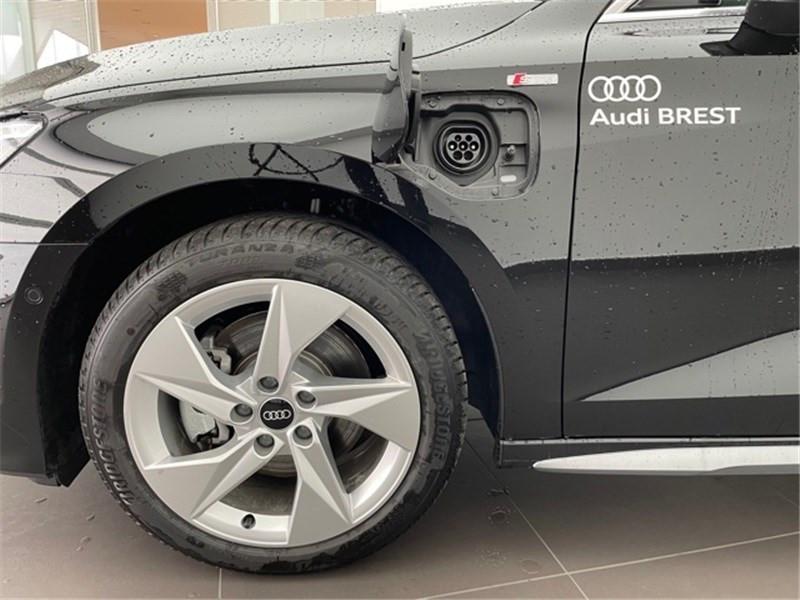 Photo 3 de l'offre de AUDI A3/S3 40 TFSIE 204 S TRONIC 6 à 47990€ chez Excel Automobiles – Audi Brest