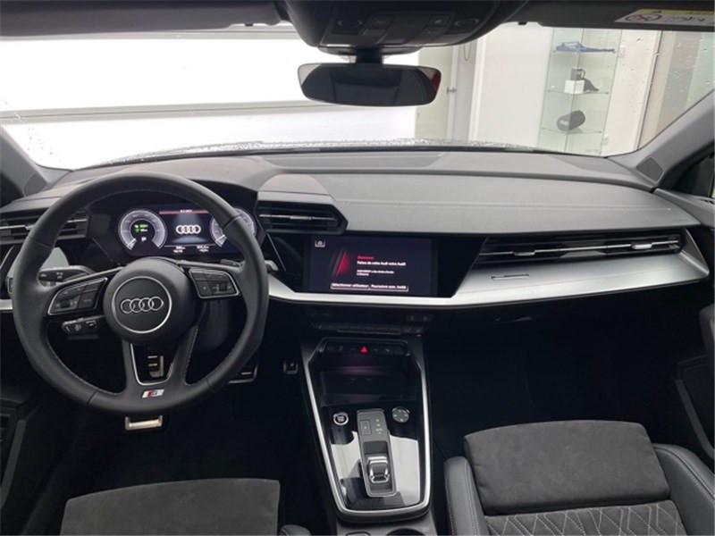 Photo 5 de l'offre de AUDI A3/S3 40 TFSIE 204 S TRONIC 6 à 47990€ chez Excel Automobiles – Audi Brest
