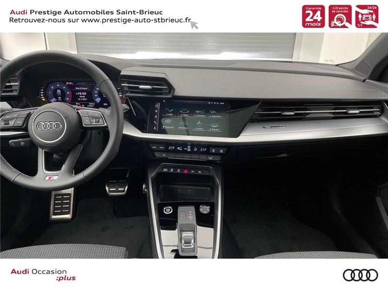 Photo 4 de l'offre de AUDI A3/S3 35 TDI 150 S TRONIC 7 à 41900€ chez Prestige Automobiles – Audi St Brieuc