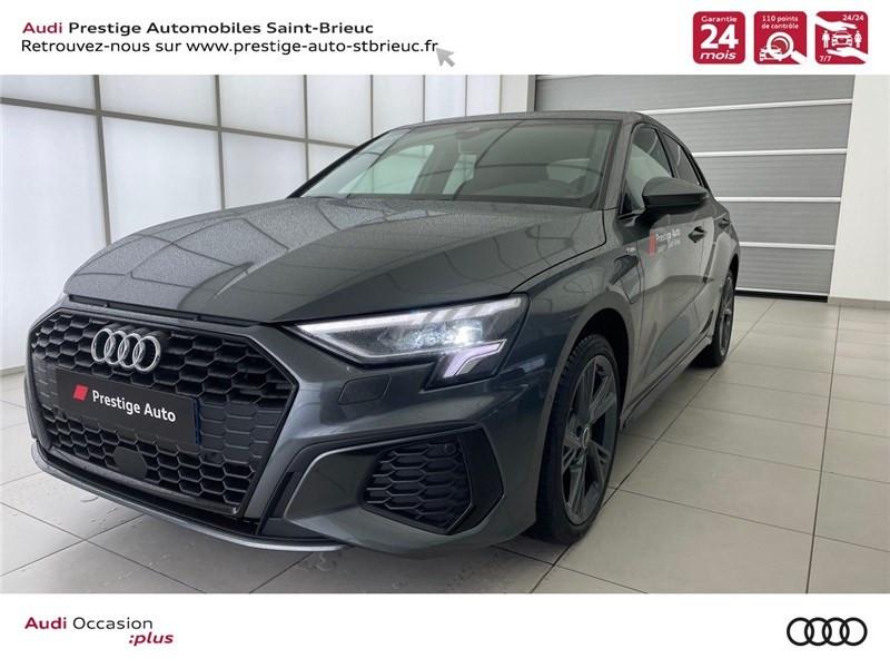 Photo 1 de l'offre de AUDI A3/S3 40 TFSIE 204 S TRONIC 6 à 40900€ chez Prestige Automobiles – Audi St Brieuc