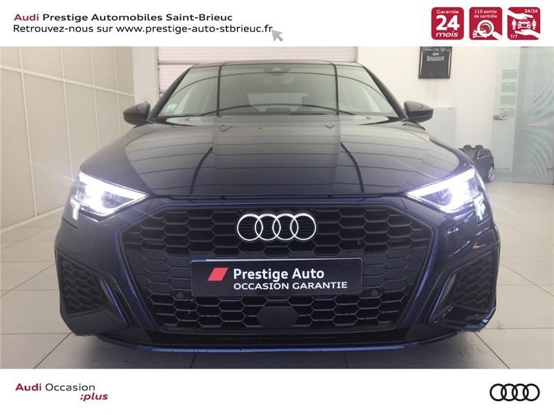 Photo 2 de l'offre de AUDI A3/S3 35 TFSI 150 à 36800€ chez Prestige Automobiles – Audi St Brieuc