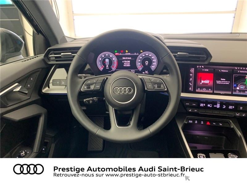 Photo 10 de l'offre de AUDI A3 BERLINE 35 TFSI MHEV 150 S TRONIC 7 à 44479€ chez Prestige Automobiles – Audi St Brieuc