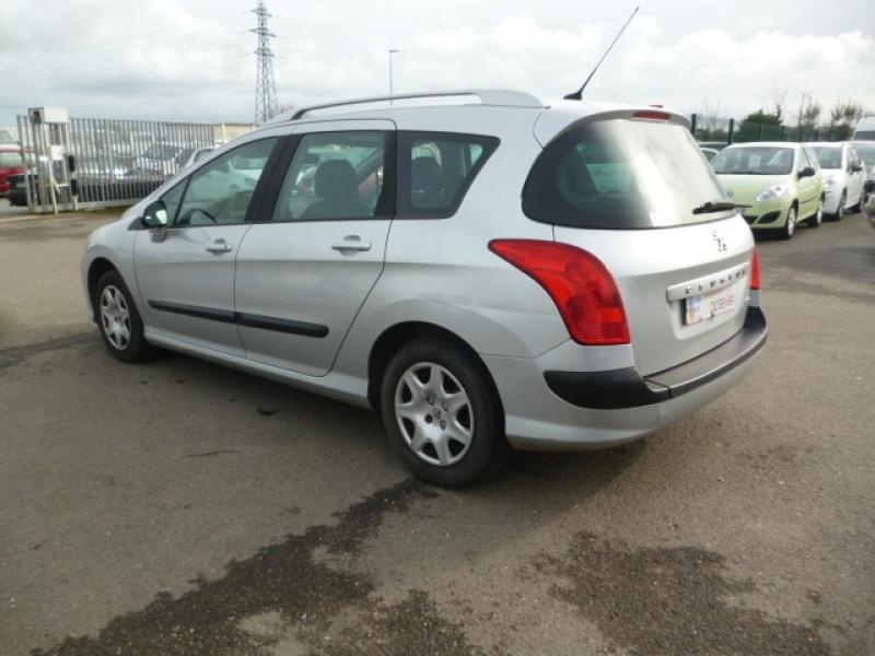 Photo 4 de l'offre de PEUGEOT 308 SW 1.6 HDI90 CONFORT à 4590€ chez Jestin autos
