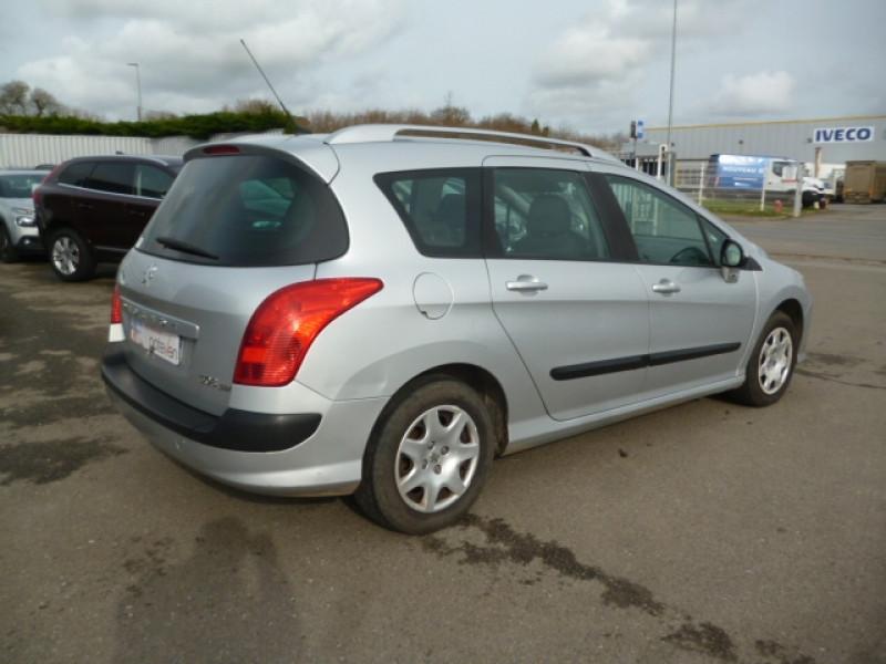 Photo 3 de l'offre de PEUGEOT 308 SW 1.6 HDI90 CONFORT à 4590€ chez Jestin autos