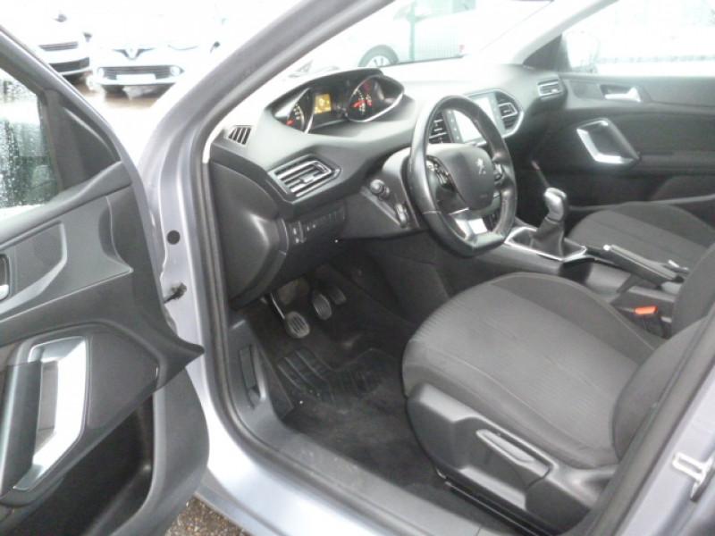 Photo 7 de l'offre de PEUGEOT 308 SW 1.6 BLUEHDI 100CH ACCESS S&S à 11300€ chez Jestin autos