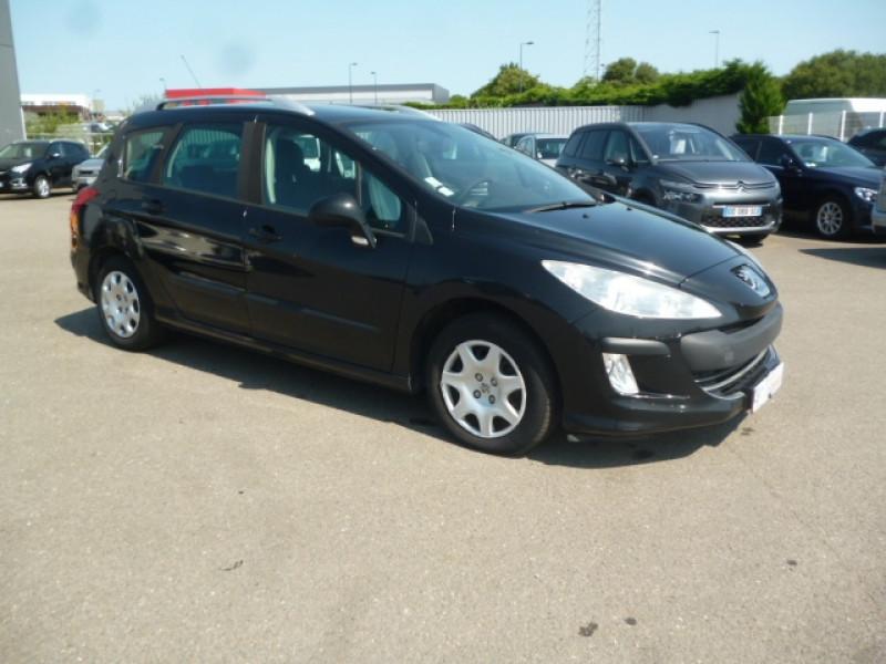 Photo 2 de l'offre de PEUGEOT 308 SW 1.6 HDI90 CONFORT à 3500€ chez Jestin autos