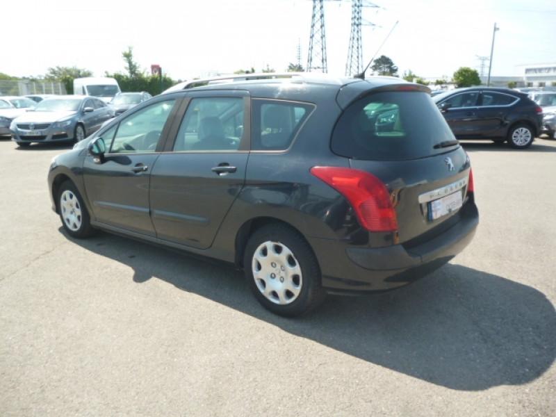 Photo 3 de l'offre de PEUGEOT 308 SW 1.6 HDI90 CONFORT à 3500€ chez Jestin autos