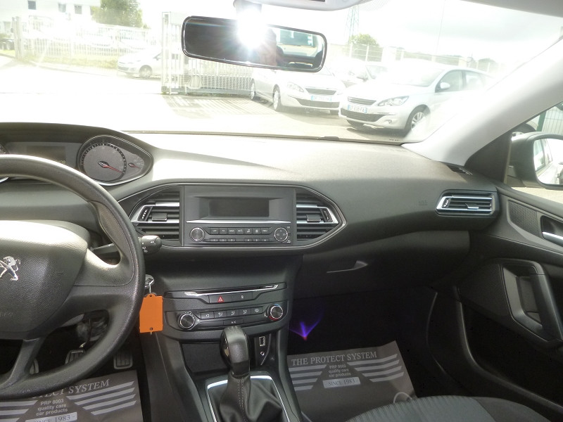 Photo 11 de l'offre de PEUGEOT 308 1.6 BLUEHDI 100CH ACCESS S&S 5P à 9800€ chez Jestin autos