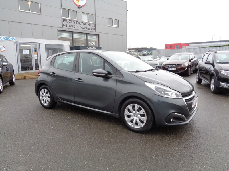 Photo 2 de l'offre de PEUGEOT 208 1.6 BLUEHDI 75CH  ACTIVE BUSINESS S&S 5P à 9490€ chez Jestin autos