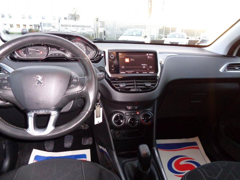Photo 10 de l'offre de PEUGEOT 2008 1.6 BLUEHDI 100CH ACTIVE à 10990€ chez Jestin autos
