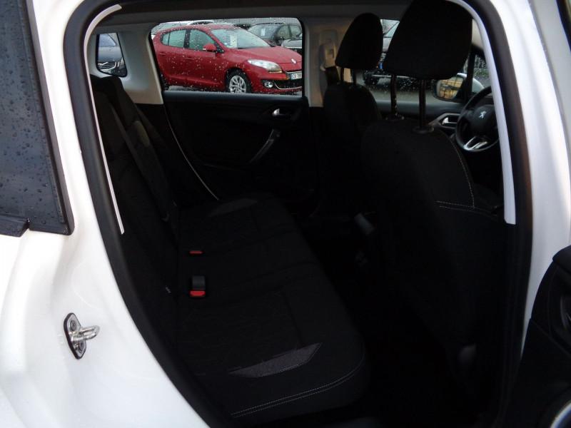 Photo 6 de l'offre de PEUGEOT 2008 1.6 BLUEHDI 100CH ACTIVE à 10990€ chez Jestin autos