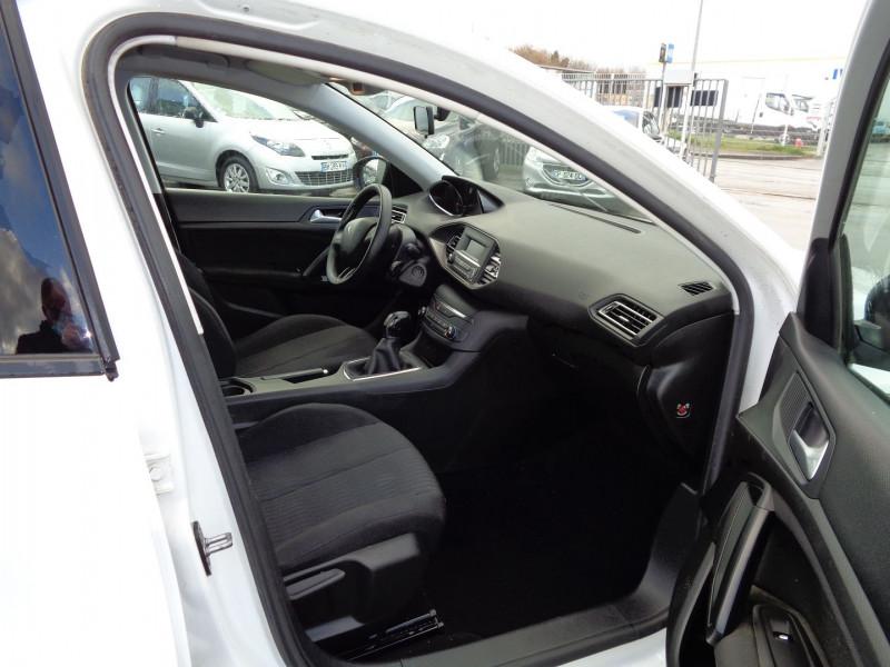 Photo 5 de l'offre de PEUGEOT 308 AFFAIRE 1.6 BLUEHDI 100CH S&S PREMIUM à 7900€ chez Jestin autos