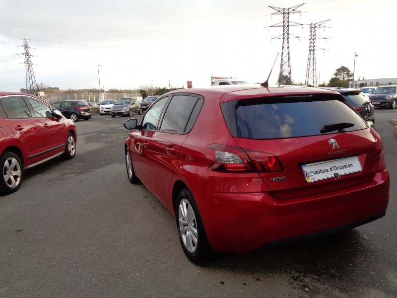 Photo 4 de l'offre de PEUGEOT 308 1.2 PURETECH 110CH E6.3 S&S STYLE à 17000€ chez Jestin autos