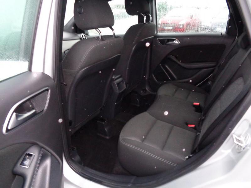 Photo 8 de l'offre de MERCEDES-BENZ CLASSE B (W246) 180 CDI INSPIRATION à 14500€ chez Jestin autos