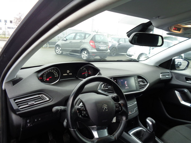 Photo 5 de l'offre de PEUGEOT 308 1.6 BLUEHDI 100CH ACTIVE BUSINESS S&S 5P à 10500€ chez Jestin autos