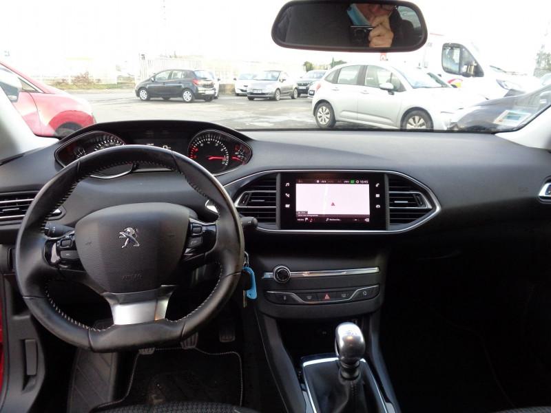 Photo 9 de l'offre de PEUGEOT 308 1.2 PURETECH 110CH E6.3 S&S STYLE à 17000€ chez Jestin autos