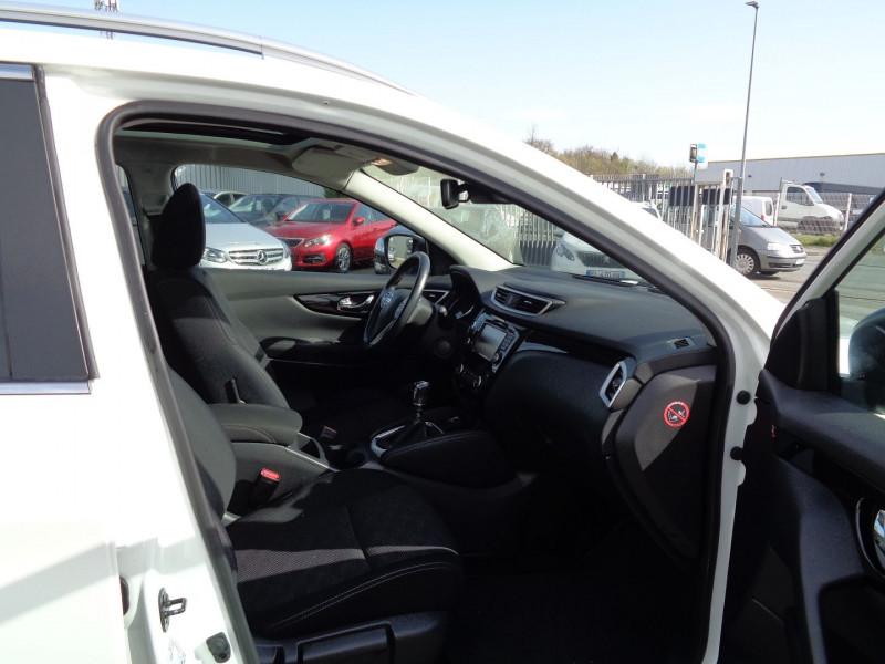 Photo 5 de l'offre de NISSAN QASHQAI 1.5 DCI 110CH CONNECT EDITION EURO6 à 13500€ chez Jestin autos