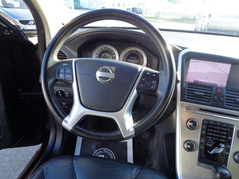 Photo 10 de l'offre de VOLVO XC60 D3 163CH SUMMUM GEARTRONIC à 14990€ chez Jestin autos