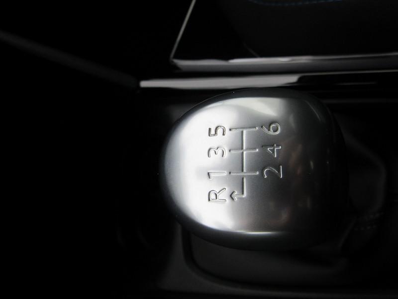 Photo 12 de l'offre de PEUGEOT 2008 1.2 PURETECH 130 SIGNATURE GPS à 16480€ chez MGA Bruz