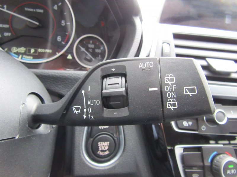 Photo 11 de l'offre de BMW SERIE 3 TOURING (F31) 320DA EFFICIENTDYNAMICS EDITION BUSINESS DESIGN à 23980€ chez MGA Bruz